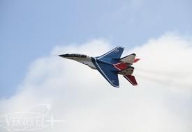 Conquer the Sky with your Friends   Полеты на истребителе МиГ-29 в стратосферу