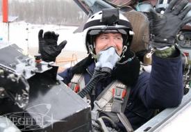 Flights in the spring air   Полеты на истребителе МиГ-29 в стратосферу